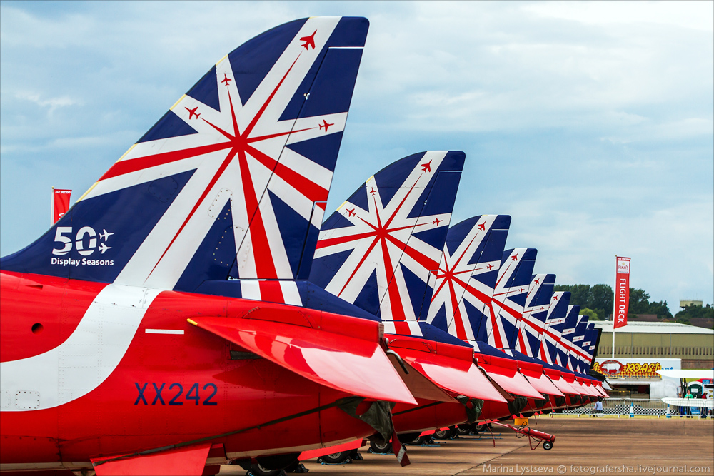 Red Arrows at AIR TATTOO-2014