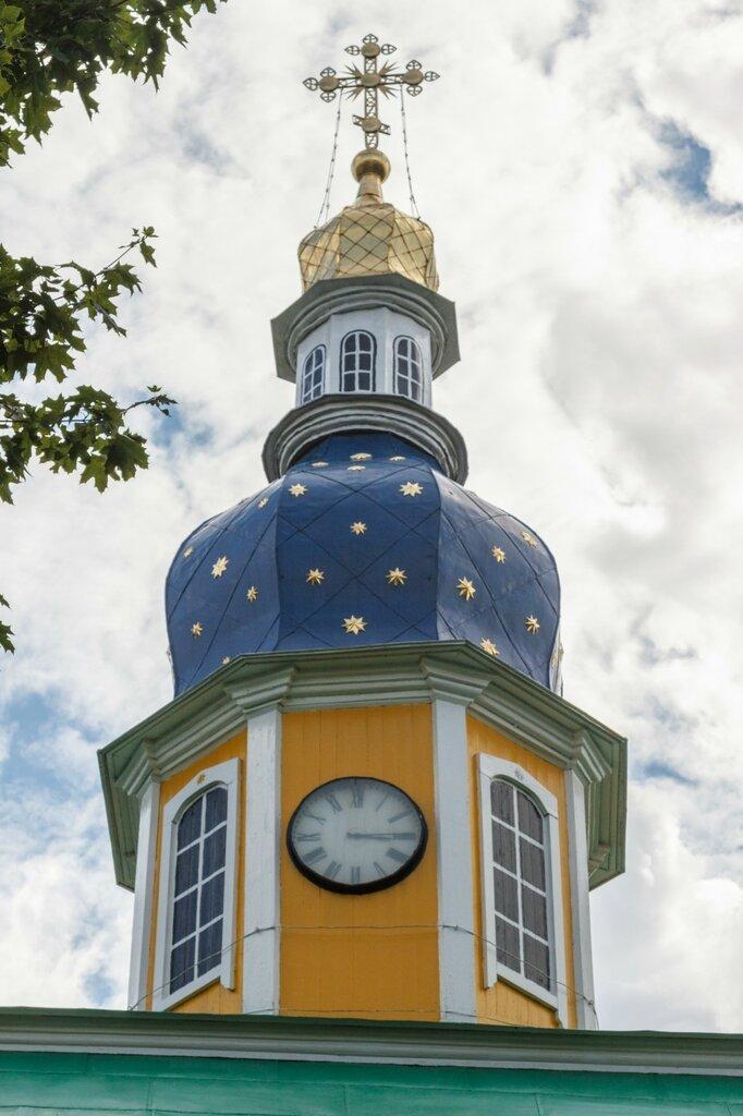 Петровская надвратная башня, Псково-Печерский монастырь