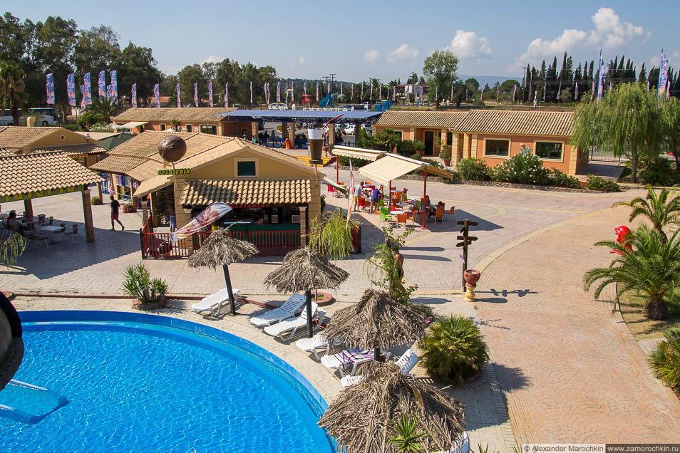 Кафе в аквапарке Aqualand (Corfu)
