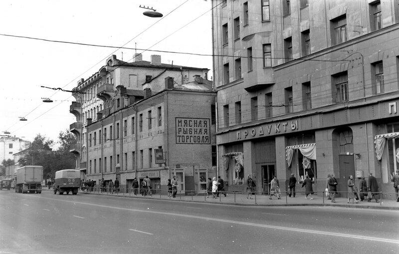 10157 Новослободская улица 1980 Виталий Царин.jpg
