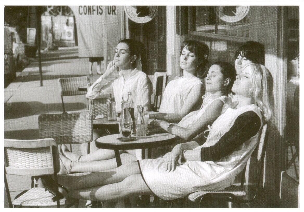 1966. Парикмахеры на солнышке