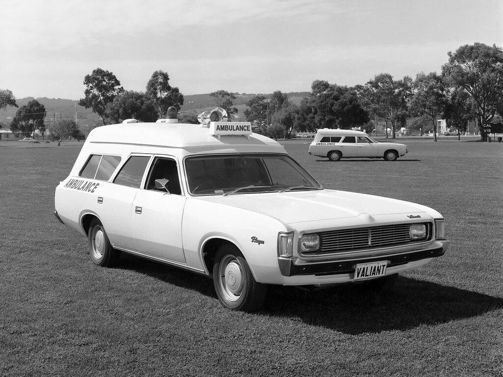 1971 Chrysler Valiant Ranger Ambulance 2.jpg