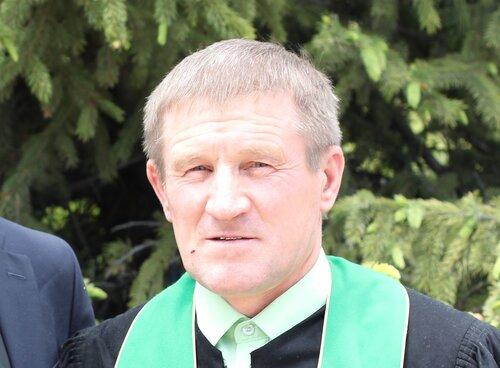 Пастор Валерий Попов.jpg
