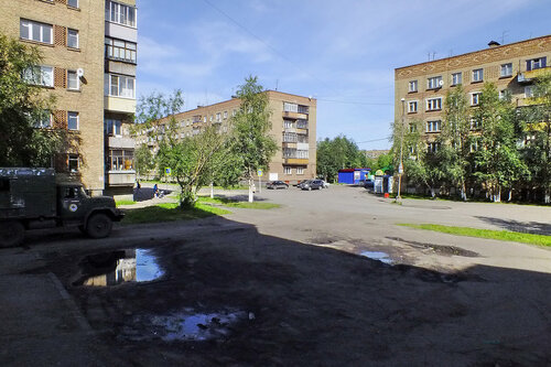 Фото города Инта №7109  Воркутинская 13, 16 и 8 13.08.2014_12:53
