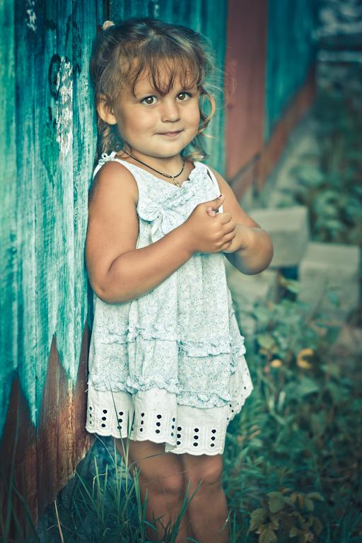 Фото 7. Нужен ли фотографу портретный фикс Никон 50/1,8? Конечно! Как еще фотографировать красивые портреты детей? Скромница