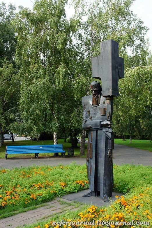 Цена на памятники в омске я могу памятники из гранита минск астана