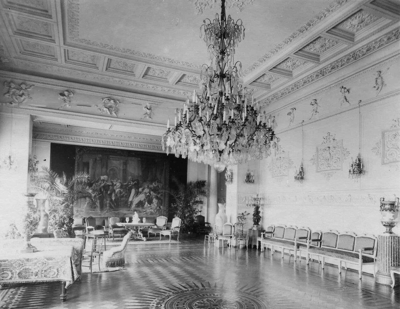 24. Зал  посольства. 1909