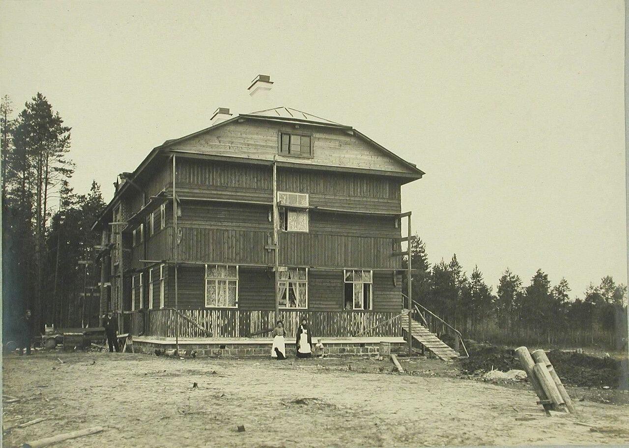13. Общий вид дома для мастеровых