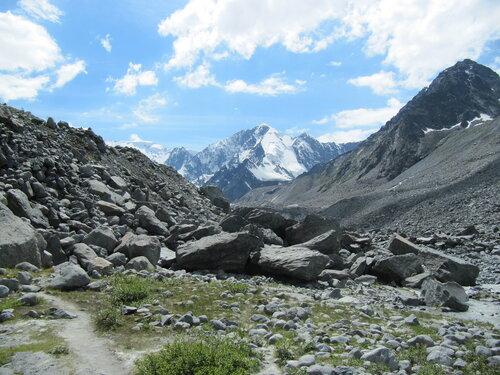 Пробежка до ледника всего-то 6 км от лагеря
