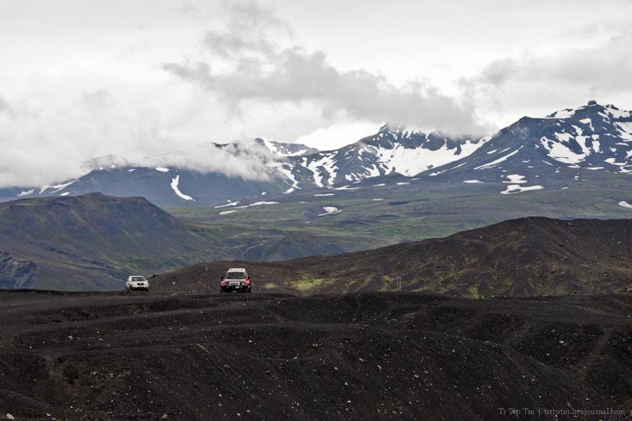 14. Ледники и водопады Эйяфьядлайокудля.