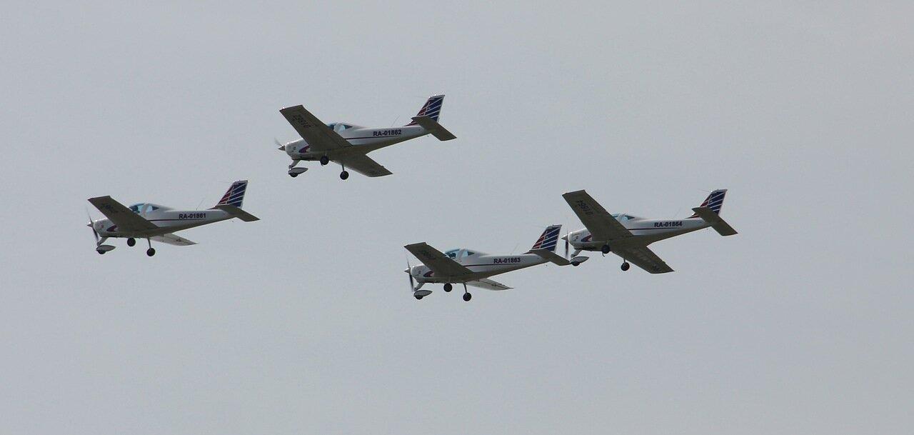 Самолёты ″Челавиа″ в парадном строю (15.08.2014)