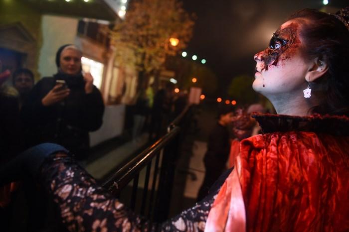 Тыквы и страшные костюмы: мир празднует Хэллоуин 2014 года 0 106abc b2d38b27 orig