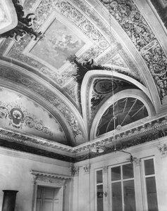 Орнамент в Обеденном зале.