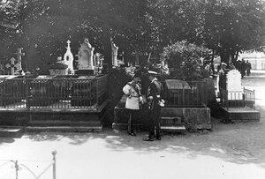 Кладбище при Петропавловском соборе.