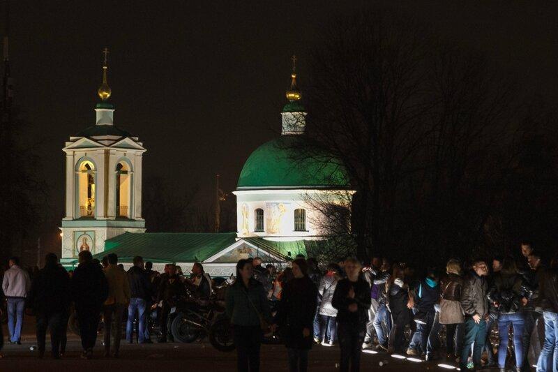 Храм Троицы Живоначальной на Воробьевых горах, Москва