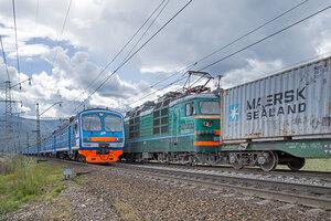 ЭД9М-1037 и ВЛ80-1513