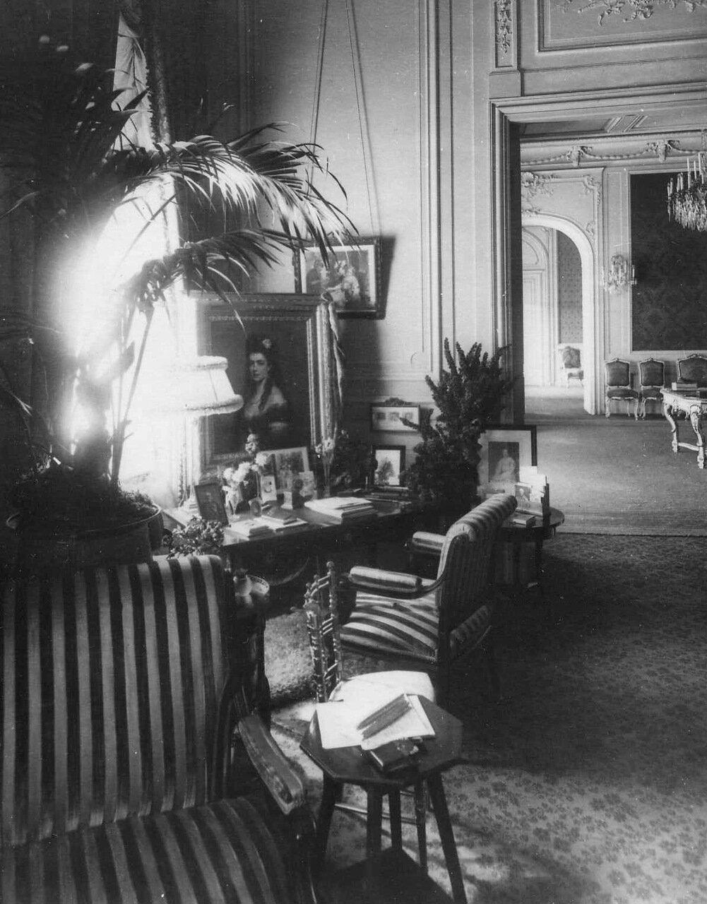 07. Комната посла. 1914