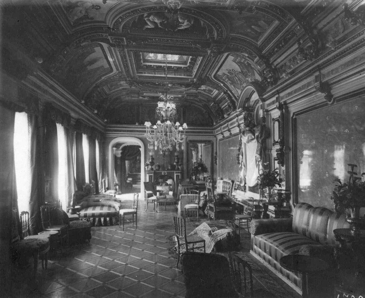 14. Золотой зал в итальянском посольстве
