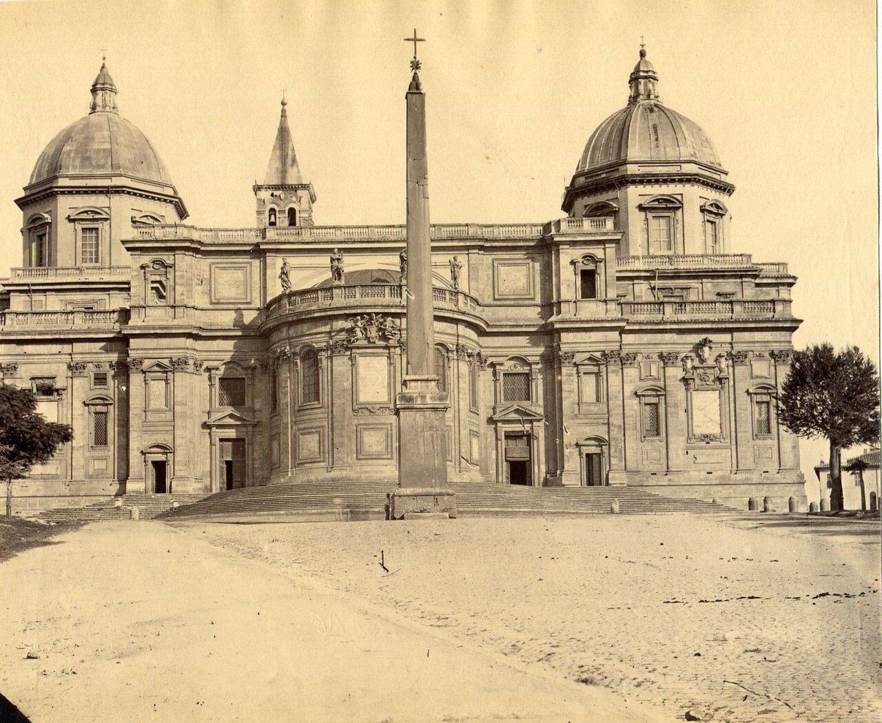 Эсквилино перед задним фасадом базилики Санта Мария Маджоре. 1880