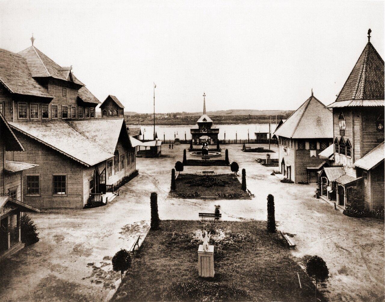 Центральная улица выставочного городка