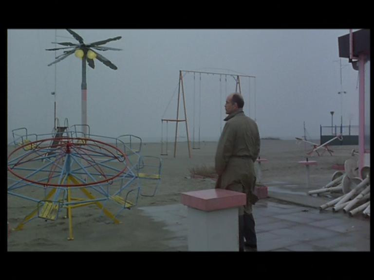 �� �������� / Al di la` delle nuvole (1995) DVD5