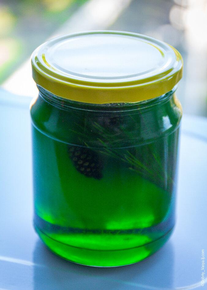 Мёд зелёного цвета