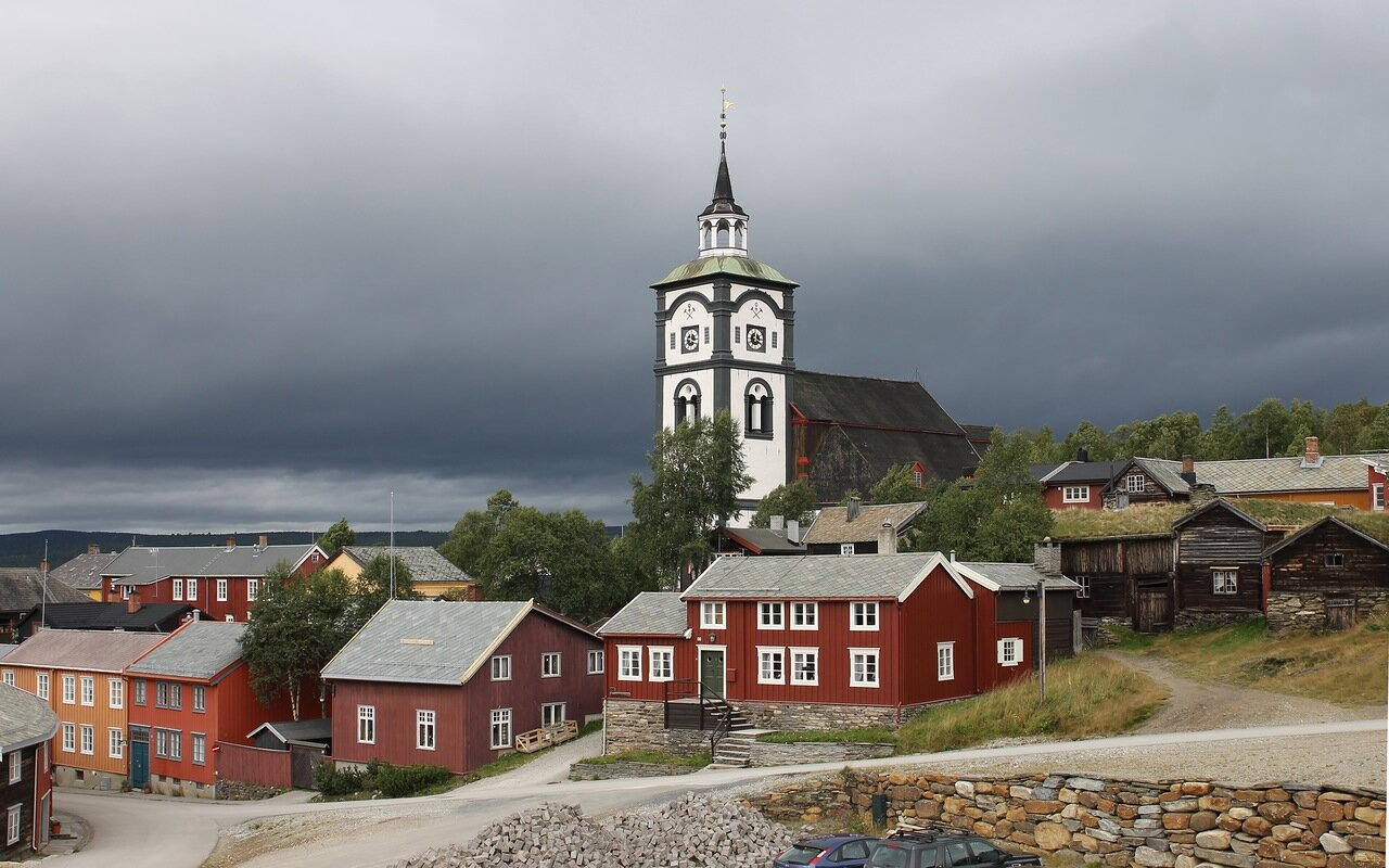 Røros. Bergstadens Ziir church