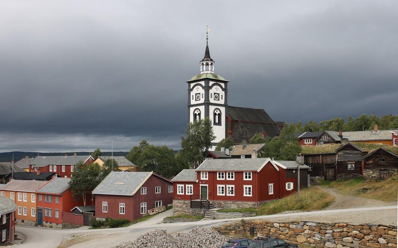 Рёрус. Церковь Бергстаденс Зиир (Bergstadens Ziir)