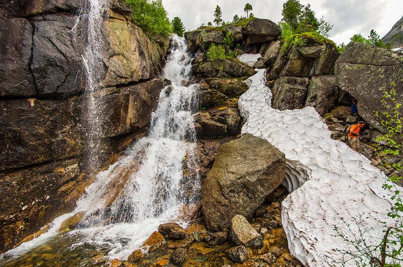 У водопада Горных Духов