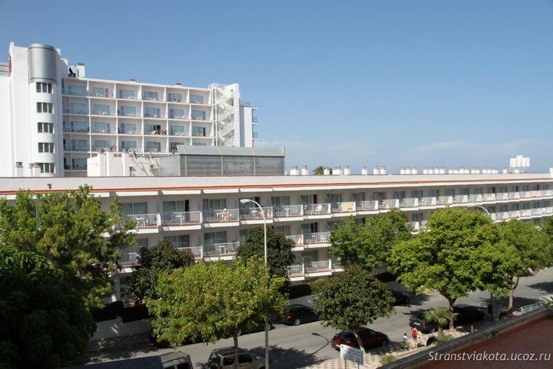 Вид с балкона в Sol Timor