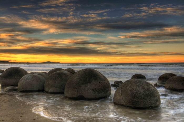 Камни природного происхождения