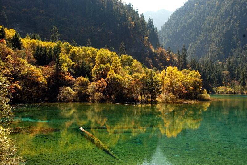 Природные заповедники Китая- Цзючжайгоу, Озеро Мугэцуо