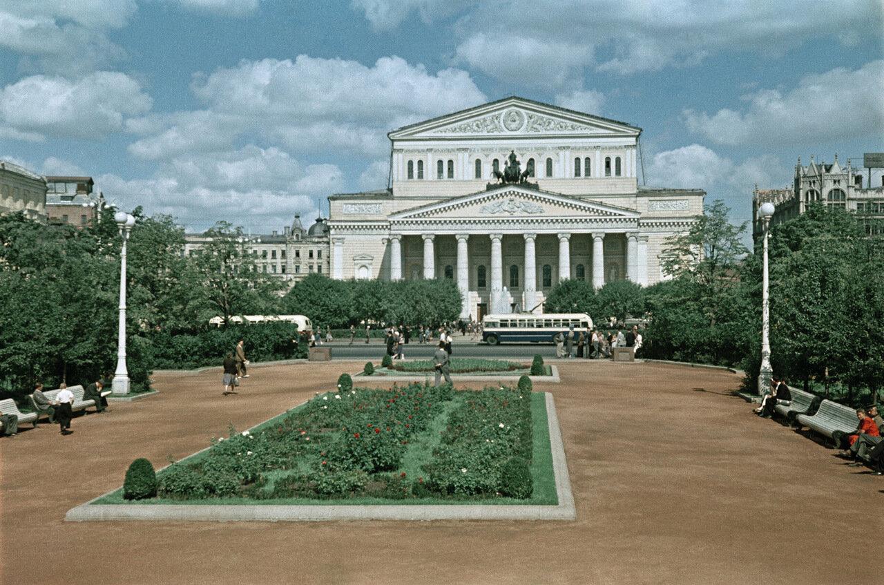 Сквер у Большого Театра
