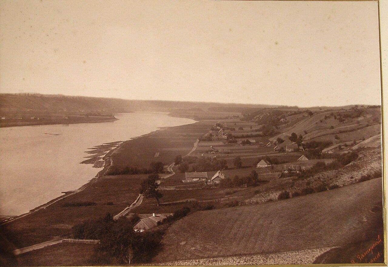 15. Вид на левый берег реки Вилии
