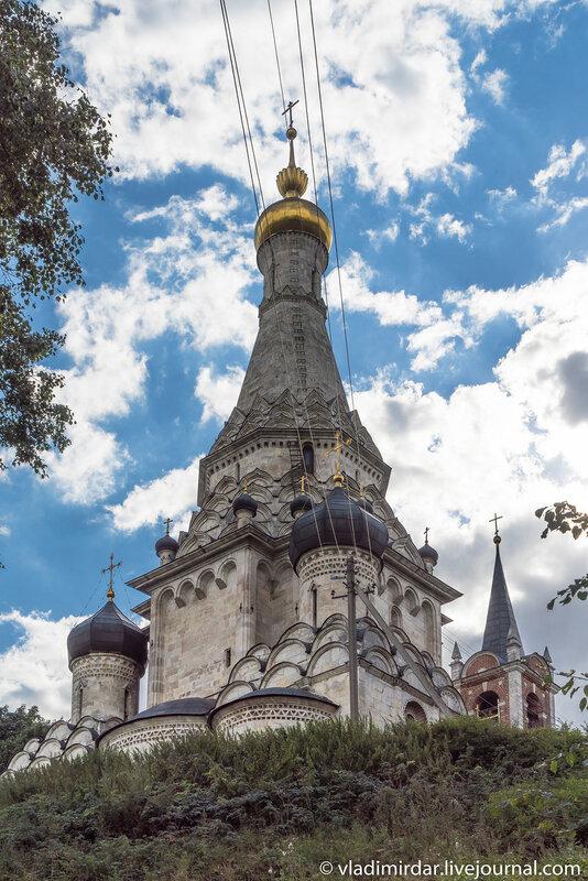 Храм Преображения в селе Остров
