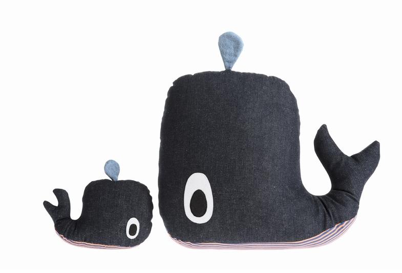 детские подушки кит и китенок