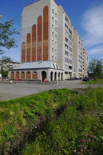 Фото города Инта №7082  Юго-западный угол Куратова 70 13.08.2014_12:05