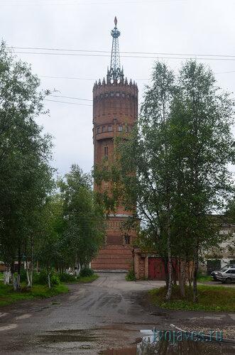 Фотография Инты №7163  Северная сторона водонапорной башни 24.08.2014_12:57