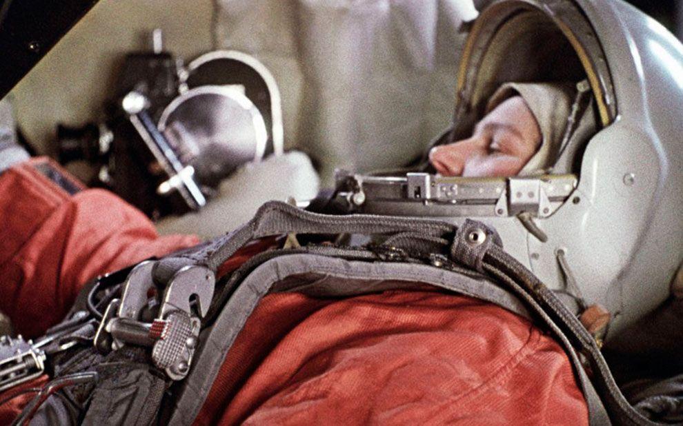 5. Главным событием года для СССР стал полёт первой женщины в Космос. На фото: Валентина Терешкова в