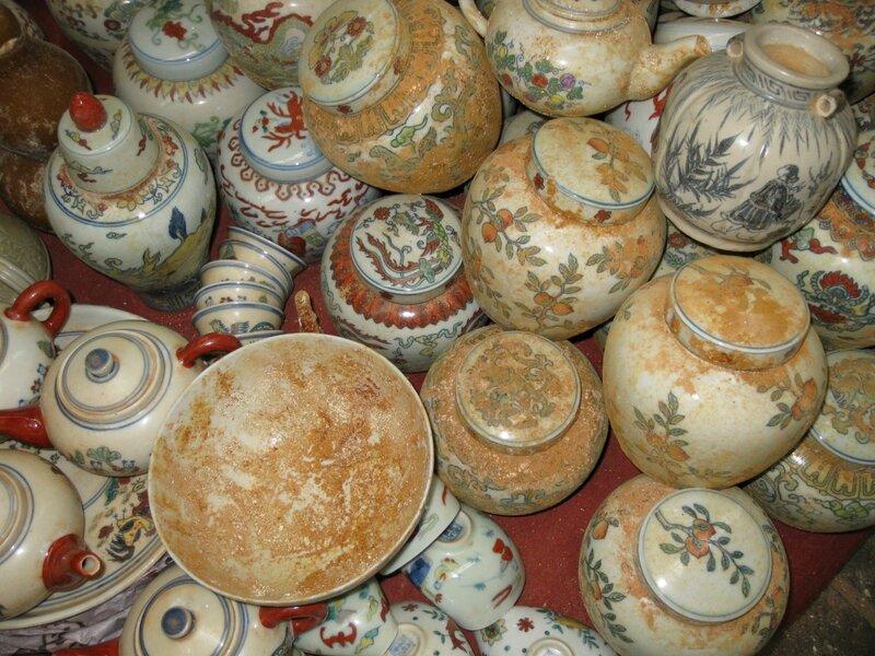 Искусственно состаренные сосуды, рынок Паньцзяюань, Пекин