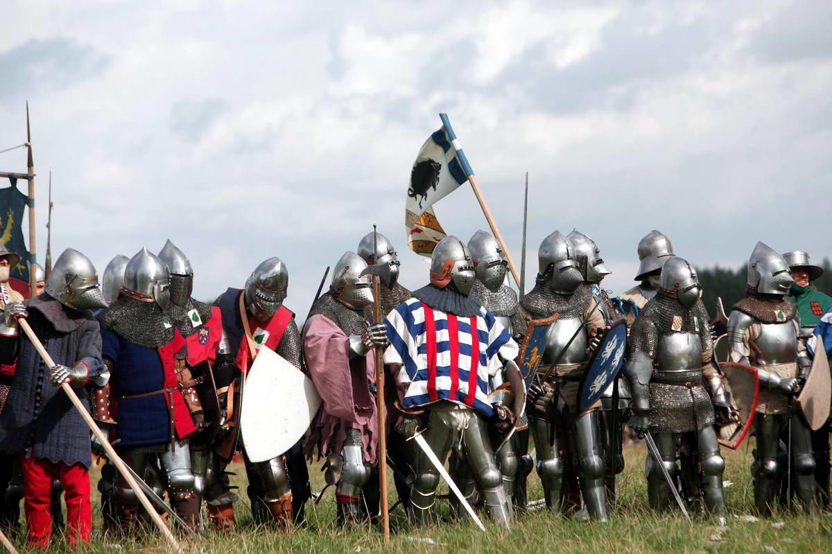 Эпизоды Столетней войны: Реконструкция битвы при Азенкуре в Северной Франции (19)