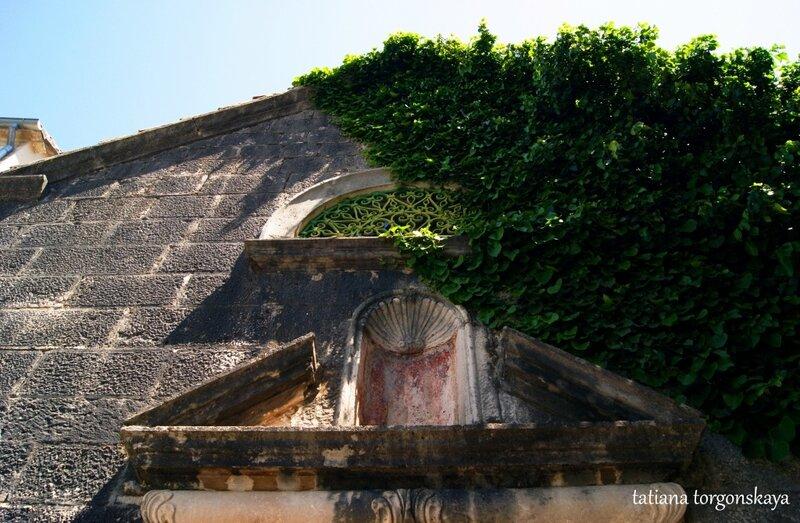 Фасад церкви Богородицы Кармельской