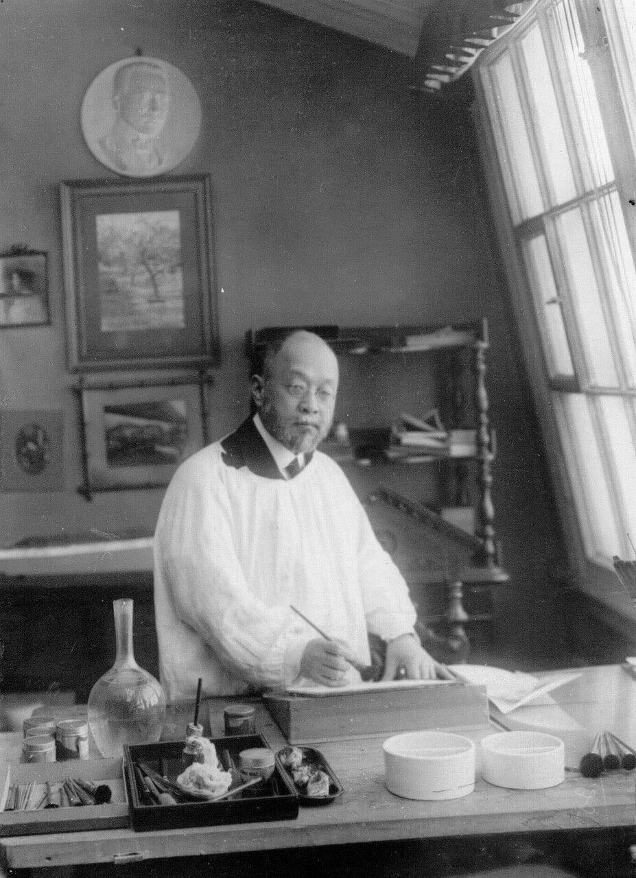 02. Японский посол барон Ичиро Мотоно в посольстве. 1914