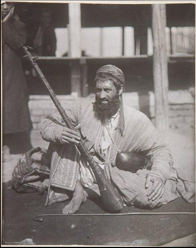 1926. Странствующий хафиз
