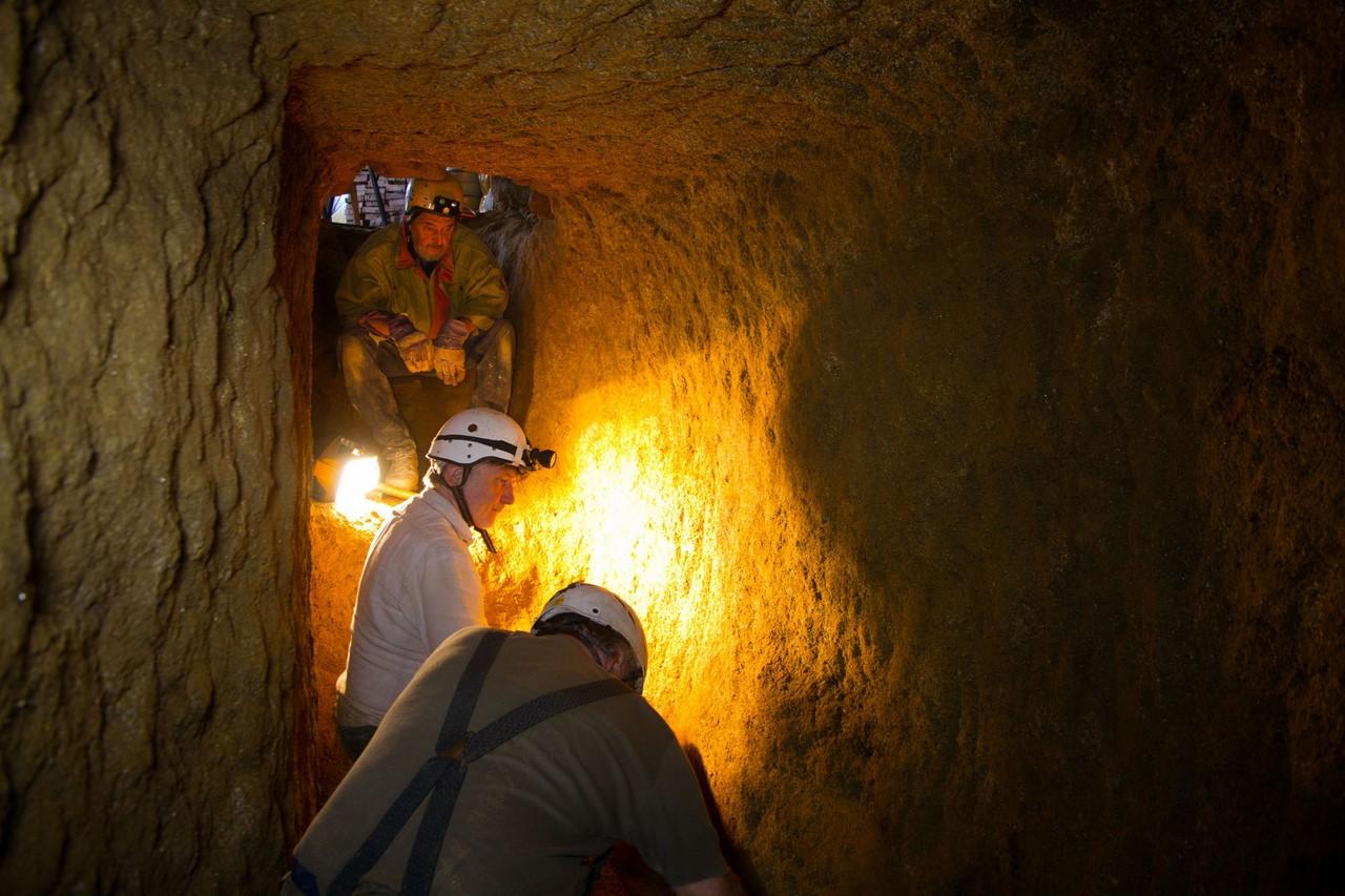 В Европе есть невероятные системы подземных туннелей Загадка
