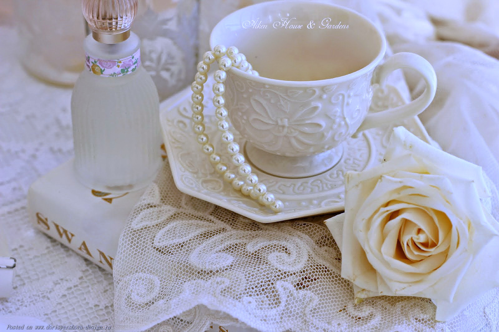 керолин айкен, белое платье, жемчуг, белые розы, белые кружева, романтика белого цвета, кантри-стиль, кантри, винтажный кантри-стиль, белый, изысканный, Carolyne Aiken, white dress, pearls, white roses, white lace, white romance, country style, country, vintage country-style, white, elegant,