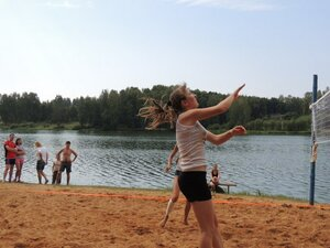 Районный турнир по пляжному волейболу. П. Дубровка, 10 августа 2014 года. Мяч взят!