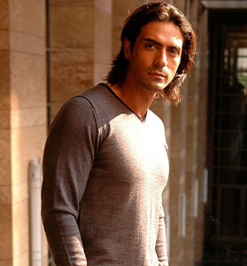 Arjun%20Rampal-Wallpapers.jpg
