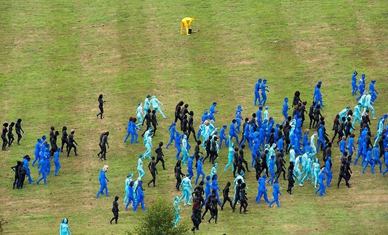 1. Гости фестиваля Big Chill, который прошел в британском Ледбери, принимавшие участие в очередной г