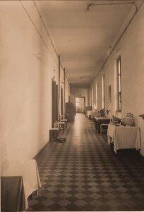 Вид части коридора II  этажа госпиталя.